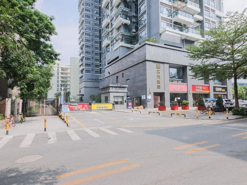 名门华府小区照片3