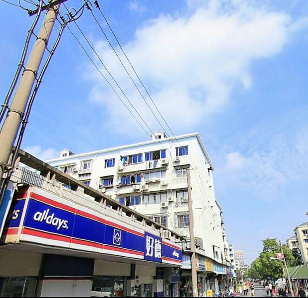 龙潭小区小区照片1