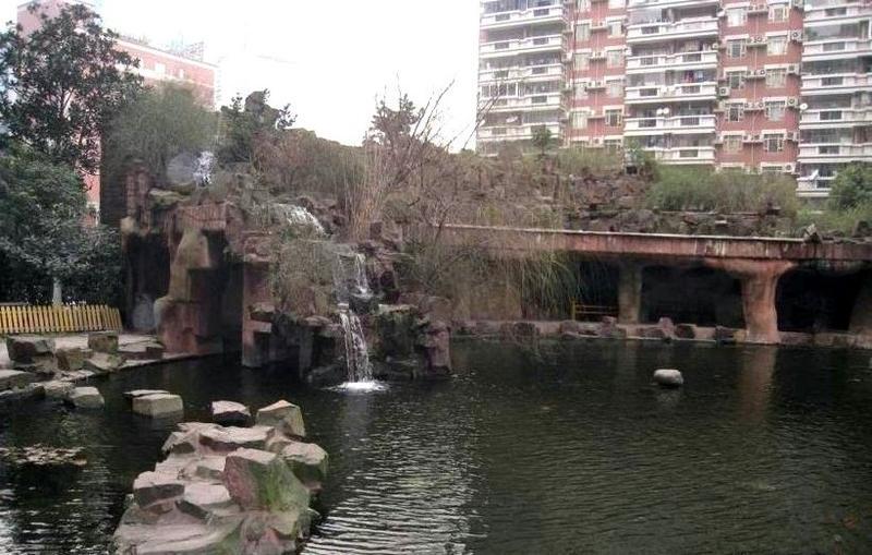 华敏世纪广场小区照片1