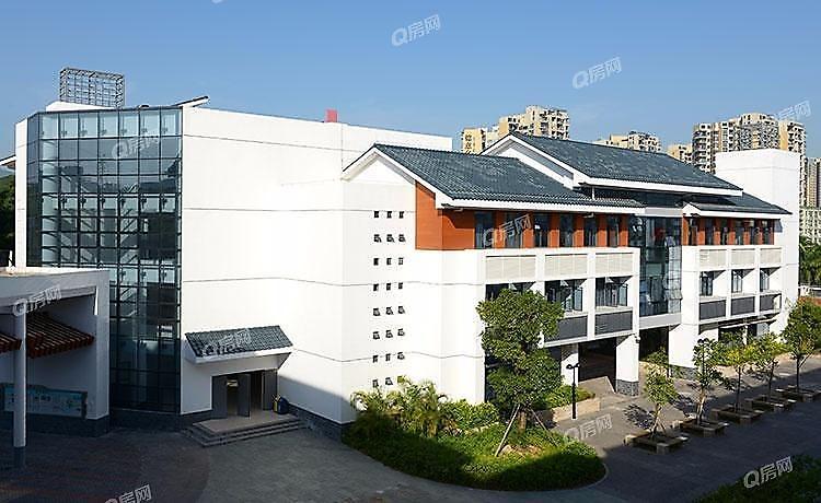 深圳大学城丽湖实验学校(初中部)4